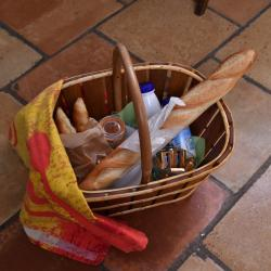 Continental breakfast basket